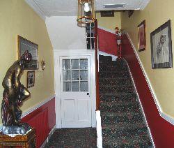 Crannmor Guest House Hallway