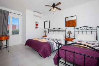 Bedroom 4 (1 Double Bed 1 Single Bed Sleeps 3 shared ensuite with Aircon)