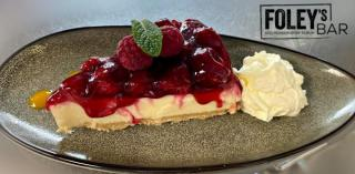 Raspberry & Gin Cheesecake