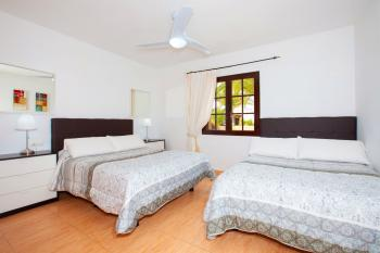 Twin Double Bedroom with Air Con